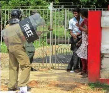 Police have attacked many students at Jaffna University.