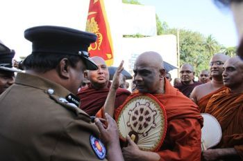 Angry Sinhala monk confronts Sri Lankan official