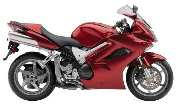 Honda VFR 800 Interceptor similar to motorcycle being provided by Sacramento Motorcycle Rentals.