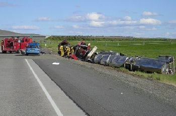 Commercial Motor Vehicle Crash with Hazardous Materials Eastbound I-84 in Oregon 6-22-09