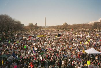 500,000 rally against looming war on Jan 18, 2003