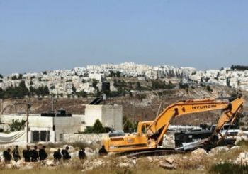 Israel destroying Palestinian land for settlements