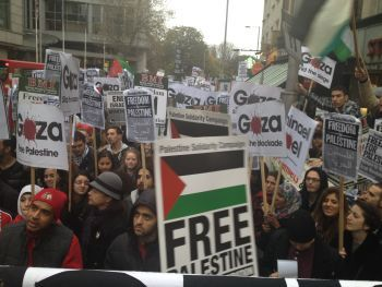 Protest outside Israeli embassy in London, condemn Gaza violence.Photograph:Palestine Solidarity Campaign