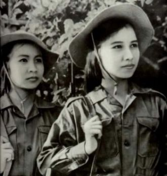 Chinese female soldiers in the Sino-Vietnam War